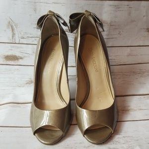 Metallic Pearl Gold Enzo Angiolini Heels